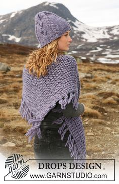 """Set comprises: Knitted DROPS shawl and hat with cables in """"Eskimo"""". - Free pattern by DROPS Design"""