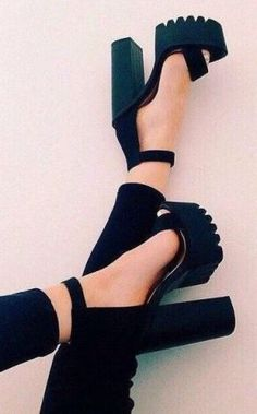 8 Stupendous Tips: Shoes Boots Cute shoes quotes hilarious.Trending Shoes For Girls. Heeled Boots, Shoe Boots, Shoes Heels, Suede Sandals, Sandal Heels, Shoes Sneakers, Converse Shoes, 90s Shoes, Chunky Sandals