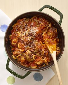 Recipe: One-Pot Meatballs & Pasta Os — Quick & Easy Weeknight Dinners