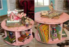 Kabeltrommel pink streichen als Beistelltisch