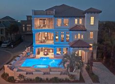 VRBO.com #621961 - Gulf View, Game Room, Large Sun Deck and Pool. Luxury Mansion in Destin.