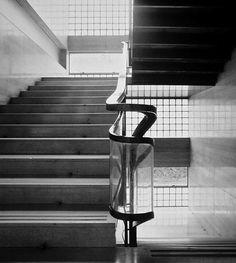 Vano scala della casa del Fascio, Como (1932-1936) - Giuseppe Terragni
