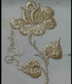 Floral Embroidery Patterns, Embroidery Motifs, Embroidery Suits, Gold Embroidery, Hand Embroidery Designs, Aya Couture, Creative Embroidery, Gold Work, Embroidery Techniques