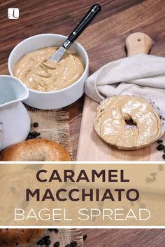 Do your bagel a favor and top it with this flavorful coffee-inspired spread. Flavored Cream Cheeses, Flavored Butter, Cream Cheese Recipes, Butter Recipe, Bagel Toppings, Bagel Bar, Dessert Dips, Dessert Recipes, Desserts