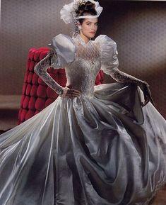 Chiffon Wedding Gowns, Wedding Dress With Veil, Beautiful Wedding Gowns, Tea Length Wedding Dress, Wedding Dresses Plus Size, Wedding Dress Styles, Beautiful Dresses, Ball Gown Dresses, Bridal Dresses