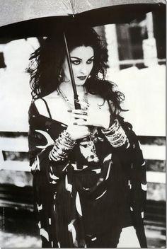 """""""Magic Jewels"""" ~ Susie Bick by Ellen von Unwerth for Vogue Italia, June 1992 Ellen Von Unwerth, Claudia Schiffer, Look Vintage, Vintage Vogue, Annie Leibovitz, Dark Romance, Pin Up, Goth Aesthetic, Cover Model"""