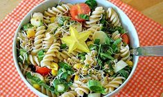 Hellmans Macaroni salad recipe is a type of pasta. Hellmans macaroni salad recipe popular in Philippines ,Australia and New Zealand and United states Antipasto Pasta Salads, Healthy Pasta Salad, Vegan Pasta, Healthy Pastas, Healthy Snacks, Easy Pasta Recipes, Pasta Salad Recipes, Cooking Recipes, Salad Dishes