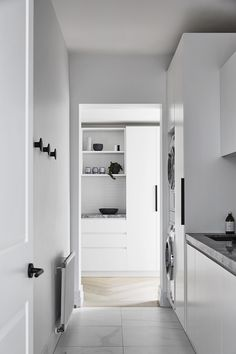 Home Interior Design — A throwback to our Toorak House 2 project, an. Laundry Nook, Mudroom Laundry Room, Small Laundry Rooms, Laundry In Bathroom, Laundry Room Inspiration, Ideas Hogar, Laundry Room Design, Interiores Design, Home Interior Design