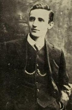 """Lieutenant Michael Malone led sixteen Volunteers from """"C"""" company, battalion towards Mount Street Bridge, a key crossing point into Dublin city. Their orders: to prevent British reinforcements from entering Dublin City Ireland 1916, Irish Independence, Liverpool Docks, Misty Dawn, Easter Rising, Southern Ireland, Michael Collins, Corner House, Irish Celtic"""