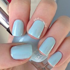 This #CompleteSalonManicure in the #Barracuda shade, from IG user katherinesnailart, is giving us all kinds of springtime feels.