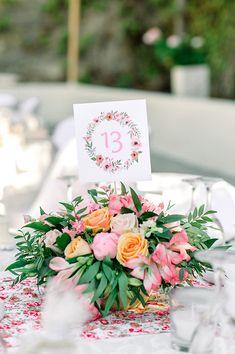 Παραμυθένια κοριτσίστικη βάπτιση με θέμα floral blossom - EverAfter Elegant Centerpieces, Christening, Wedding Reception, Fairy Tales, Picnic, Girly, Table Decorations, Floral, Flowers