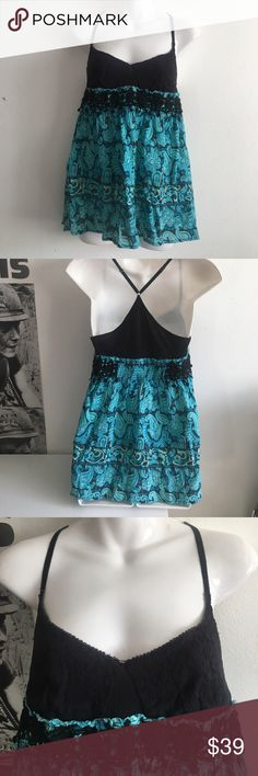 Free People Flowy Tank Top Excellent used condition! Size medium. Adjustable straps. Free People Tops