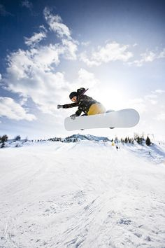 Wide-angle #snowboard #photography