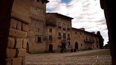 15 de los pueblos más bonitos de España :: Calles empedradas, balcones sobre el mar, hórreos tradicionales... Pueblos para amar y para visitar este otoño