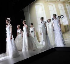 Las propuestas de Jesús Peiró en el segundo día de la Pasarela Barcelona Bridal Week 2013. Imagen cedida por BBW.