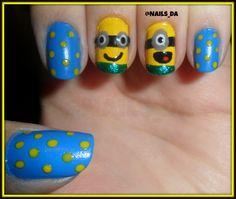 NAILS minion yellow blue love it - Arte en tus uñas by @Nails_Da Follow on Twitter: https://twitter.com/Nails_Da