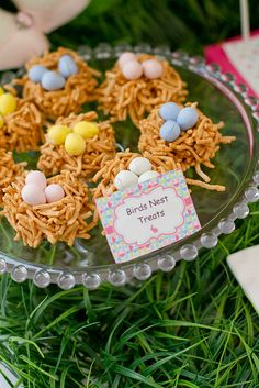 Lots of Easter Party ideas including recipes for birds nest treats, bunny cinnamon rolls, peeps on a stick, carrot cake, PEEPSicles, and snap, crackle pops.  Also includes Easter table inspiration, printables, and 101 things to do with an egg!