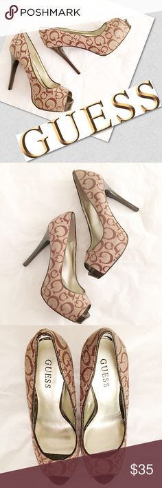 """GUESS Pumps Peep toe pumps with traditional Guess """"G"""" print. Great condition. Approx 5"""" heel. Heel caps and soles in great condition. no trades ✅accepting offers no modeling Guess Shoes Heels"""
