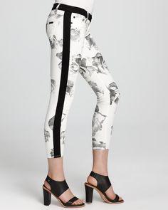 Hudson Jeans - Leeloo Super Skinny Tuxedo Crop in Floral | Bloomingdales #LETYOURSELFGO #LETYOURSELFGO