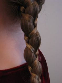 This has been in a lot of hair styles at our house lately.  I can hardly believe how easy it is! Cool Braids, Princess Hairstyles, Little Girl Hairstyles, Braided Hairstyles, Pretty Hairstyles, Dream Hair, Hair Today, Hair Inspo, Hair Inspiration