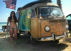 Hot pretty teen girl showing their rounded plump ass young fitness body. Vw Bus T2, Volkswagen Minibus, Bus Camper, Vw T1, Trucks And Girls, Car Girls, T6 California, Bus Girl, Abercrombie Girls