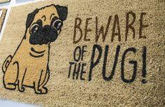 #Rohožka z kokosového vlákna s nápisem Beware of pug! #pug #doormat #homedecor…
