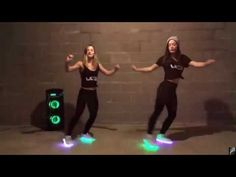 Justin Bieber ♫ Shuffle Dance (Music video) Club Mix this song remix by Jeydee Hey guys, we have recently come to the few. Dance Workout Videos, Dance Music Videos, Shuffle Dance Lernen, Despacito Lyrics, Luis Fonsi Daddy Yankee, Rave Wedding, Dance Remix, Hip Hop, Dance Quotes