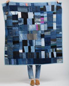 Silkdenim Recycled Denim Patchwork Throw Quilt on Garmentory Jean Crafts, Denim Crafts, Denim Quilt Patterns, Bag Patterns, Artisanats Denim, Denim Purse, Blue Jean Quilts, Reuse Old Clothes, Denim Patchwork