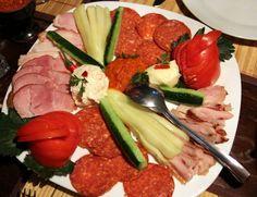Gustare la Restaurant Yugoslavia.