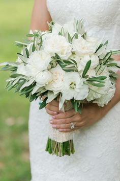Elegant white + green peony, rose and ranunculus bouquet: Photography: Elisabeth Millay - elisabethmillay.com