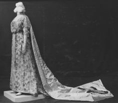 Court dress ensemble, by Reville and Rossiter, 1913, at the Victoria and Albert Museum. Worn by Cicely Hilda Farmer for her wedding on September 13, 1913, and later for her presentation at Court as a married woman in May 1914. See: http://collections.vam.ac.uk/item/O352933/court-dress-ensemble-reville-and-rossiter/