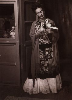Frida... y las palomas.