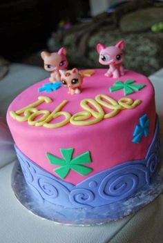 A Littlest Pet Shop themed birthday cake. #CakeMagic www.mapleleafmommy.com