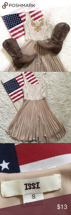 Lace top and pleated dress🇺🇸💕 Lace top and pleated dress🇺🇸💕 Dresses Mini