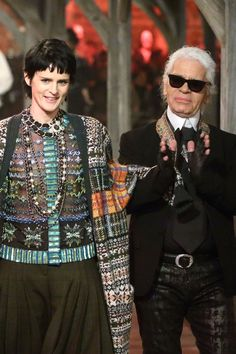 Chanel Scotland Show At Linlithgow Palace - Vogue Verdict (Vogue.com UK) Stella Tennant and Karl Lagerfeld - Finale