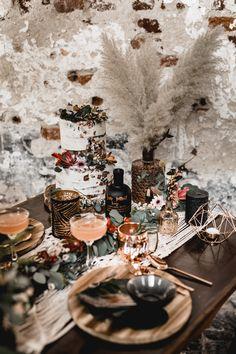 Hochzeitsdekoration Kupfer Boho Brautkleid Zweiteiler Hochzeitskleid Kathi & Chris Photography Pretty Factory Dekoration Pampasgras