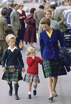 August 1985- Zara with her brother, Peter Phillips, and their mother, Princess Anne, in Scrabster, Scotland.