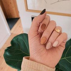33 Gorgeous fall nail art design Ideas that perfect for any occasion - autumn nails #nails