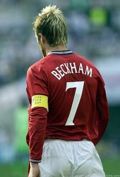 beckham <3 Premier League Soccer, Major League Soccer, Football Players, Beckham Football, David Beckham Soccer, Cristiano Ronaldo And Messi, Roberto Baggio, Wayne Rooney, Manchester United Football