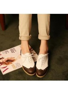 USD$12.63 Wholesale New style fashion vogue comfortable flat shoes  brown