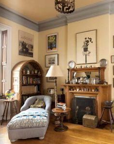 Bedroom in Lauren Bacall's New York Manhattan Home featured on Between Naps on the Porch