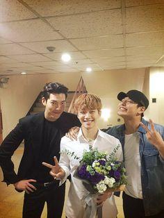 "Kim Woo Bin and Kang Ha Neul Keep Their Bromance Alive with ""Twenty"" Co-Star 2PM's Junho"