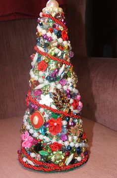 Vintage Christmas Jewelry Tree -- What to do with dated jewelry or things you no longer wear! How beautiful!