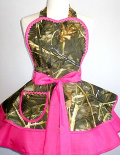 Mossy Oak Realtree Duck Hunting Camo Apron with Hot Pink RealTree Max 4 HD on Etsy, $55.00