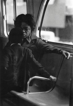 Louis Stettner, Mother and Child on the Street Crosstown Bus, 1975 Insect Photography, Street Art Photography, Film Photography, Animal Photography, Documentary Photography, Wedding Photography, Louis Stettner, Art Room Doors, Baby Boy Hairstyles