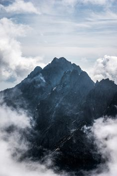 We are hiking in the magnificent High Tatras for two days, from Hrebienok to the scenic Popradske pleso and the astounding Koprovsky summit. Nature Photography, Travel Photography, Photography Ideas, High Tatras, Tatra Mountains, Bullet Journal, Day Hike, Limited Edition Prints, Fine Art Prints
