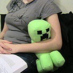 Minecraft Stuffed Creeper Doll diy doll craft craft ideas diy ideas diy crafts do it yourself crafty geek geek crafts minecraft Creeper Minecraft, Minecraft Toys, Minecraft Crafts, Minecraft Party, Minecraft Stuff, Minecraft Buildings, Minecraft Skins, Minecraft Knitting, Minecraft Crochet