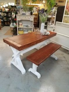 Small Farm Table #dinningroom #kitchen #patio #porch Primitive Furniture, Small Farm, Farm House, Porch, Sweet Home, Dining Table, Patio, Rustic, Antiques