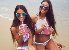 Pink Lemonade on the Beach || these sunglasses from PepperMayo