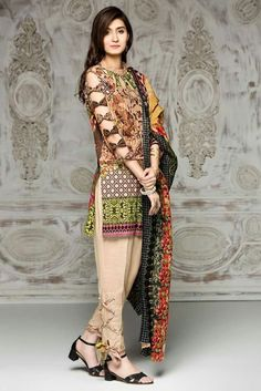 Pant design is nice Kurti Sleeves Design, Sleeves Designs For Dresses, Dress Neck Designs, Blouse Designs, Sleeve Designs, Pakistani Fashion Casual, Pakistani Dresses Casual, Pakistani Dress Design, Indian Fashion